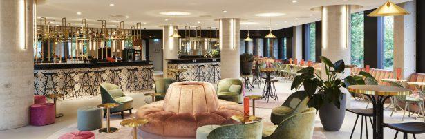 lounge bar 1